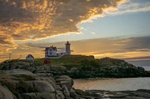 lighthouse-4931925_960_720