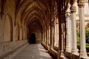monastery-3139066_960_720